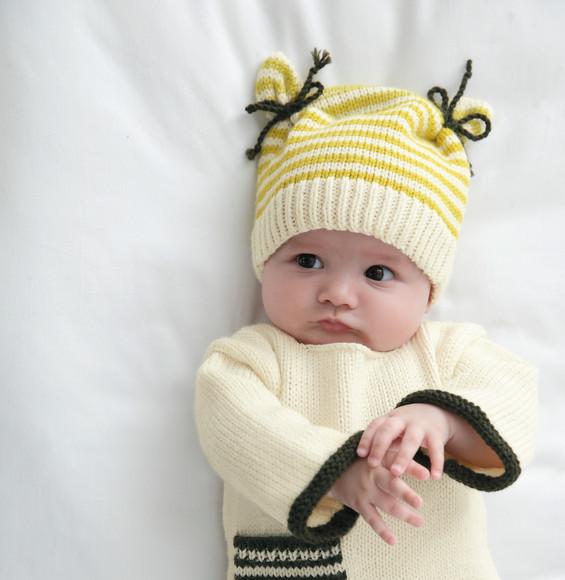 Aux Doigts de Fée Modèle bonnet bicolore Layette Phildar baa7cb35ac7