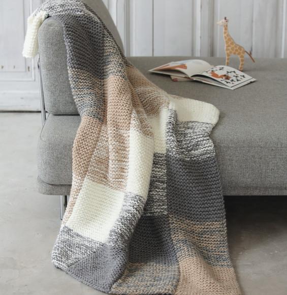 Aux doigts de f e mod le plaid point mousse phil looping - Plaid en laine tricotee ...